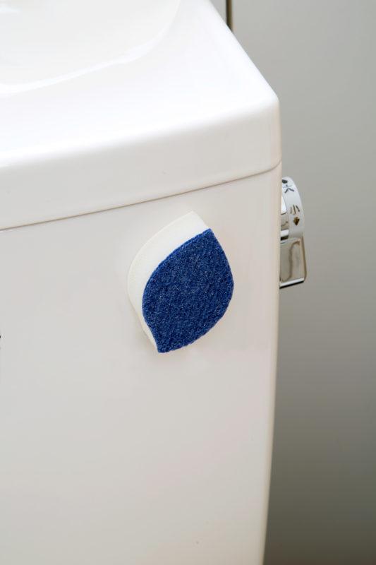 TFG01貼りつくトイレタンク・ボール洗い